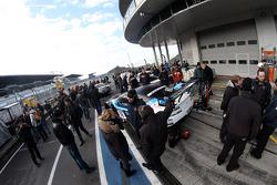 #39 Cyber Racing AMR Aston Martin Vantage GT3: Allan Simonsen, Dominik Farnbacher