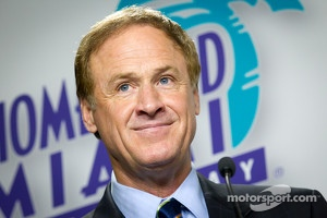 Championship contenders press conference: presenter Rusty Wallace