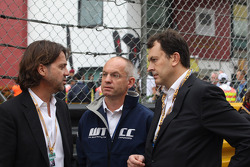 Stéphane Ratel, GT Promoter; Jean-Louis Dauger, Eurosport and Jacques Raynaud, vice president Eurosport