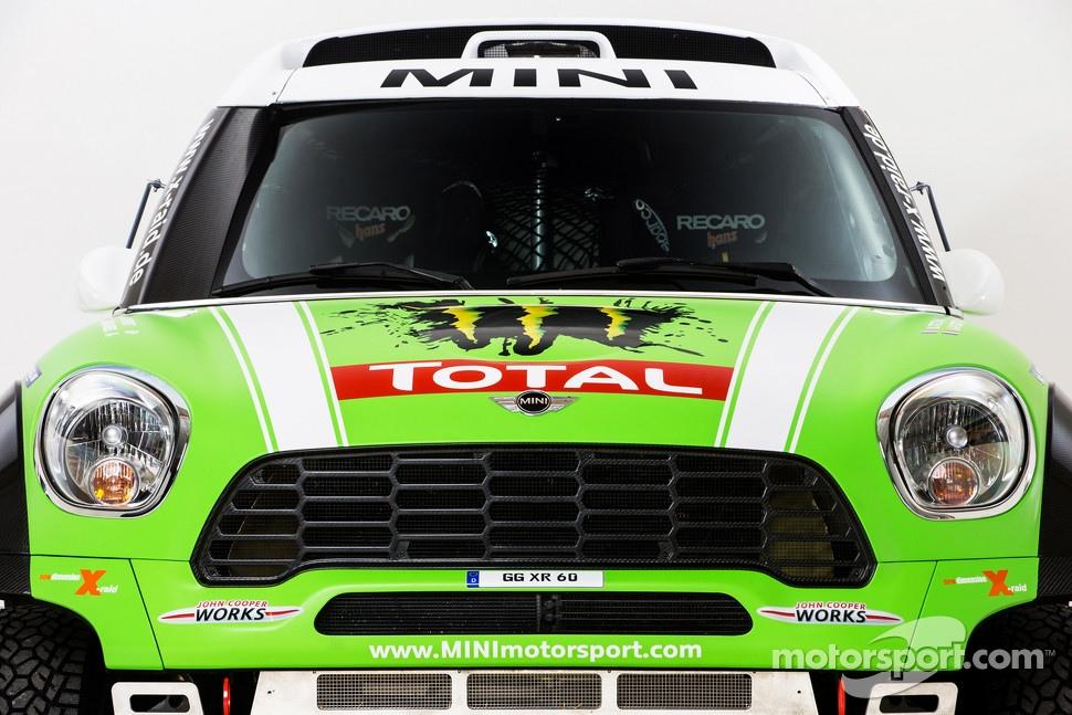 http://cdn-1.motorsport.com/static/img/mgl/1400000/1490000/1494000/1494800/1494851/s1_1.jpg