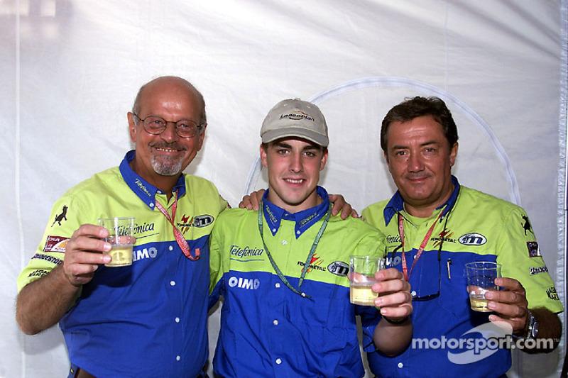 The Minardi-Fondmetal team celebrates 250 Grand Prix with a young Fernando Alonso
