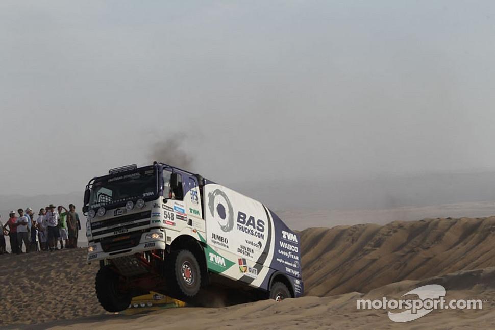 http://cdn-1.motorsport.com/static/img/mgl/1400000/1490000/1499000/1499200/1499221/s1_1.jpg