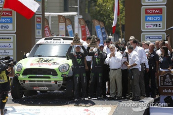 Car winners Stéphane Peterhansel and Jean-Paul Cottret