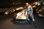 lewis-hamilton-mercedes-gp-visits-the-mercedes-headquarters-6