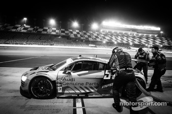 Pit stop for #52 Audi Sport Customer Racing/APR Motorsport Audi R8 Grand-Am: Frank Stippler, Marc Basseng, Ian Baas, René Rast