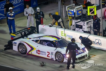 Pit stop for #2 Starworks with Alex Popow Ford Riley: Sébastien Bourdais, Ryan Dalziel, Allan McNish, Alex Popow