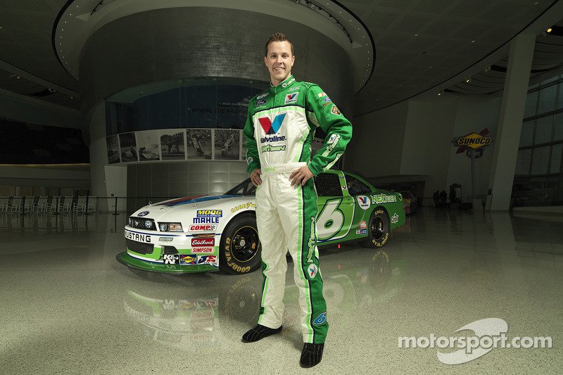 Trevor Bayne, Roush-Fenway Racing