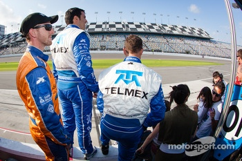 Memo Rojas, Scott Pruett and Charlie Kimball prepare to celebrate