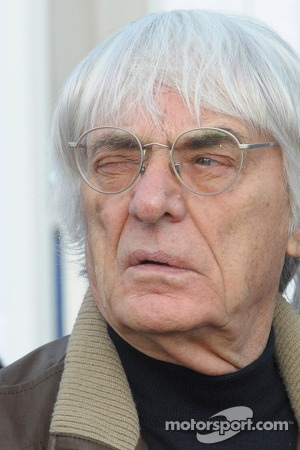 Bernie Ecclestone visits the Sochi F1 track