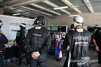 Erebus crew members look on during qualifying