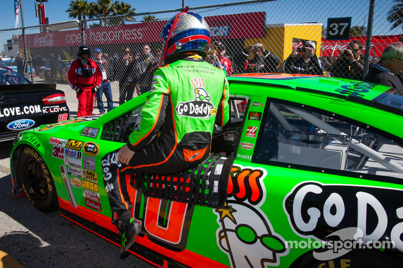 Danica Patrick, Stewart-Haas Racing Chevrolet after setting the fastest time