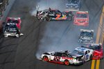 Last lap crash: Brad Keselowski, Kyle Larson and Dale Earnhardt Jr. crash while Regan Smith spins