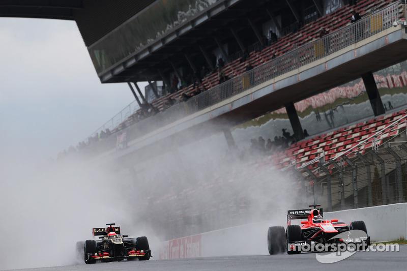 Romain Grosjean, Lotus F1 E21 and Max Chilton, Marussia F1 Team MR02