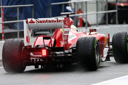 Felipe Massa, Ferrari F138 leaves the pits