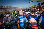 Starting grid ambiance around Danica Patrick, Stewart-Haas Racing Chevrolet