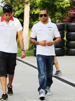 Rodolfo Gonzalez, Marussia F1 Team Reserve Driver with Lewis Hamilton, Mercedes AMG F1