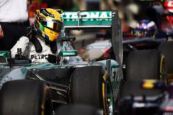 Pole sitter Lewis Hamilton, Mercedes AMG F1 W04 in parc ferme