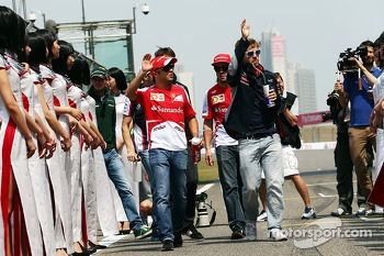 Felipe Massa, Ferrari and Sebastian Vettel, Red Bull Racing on the drivers parade