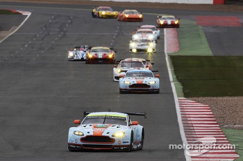 #97 Aston Martin Vantage V8: Darren Turner, Stefan Mcke, Bruno Senna
