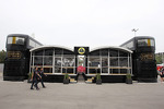 lotus-f1-team-motorhome-4
