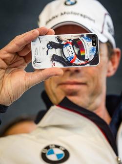 Dirk Adorf snaps a photo