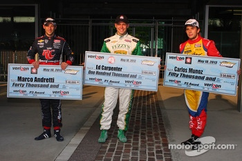 Polesitter Ed Carpenter, Ed Carpenter Racing Chevrolet, second place Carlos Munoz, Andretti Autosport Chevrolet and third place Marco Andretti, Andretti Autosport Chevrolet
