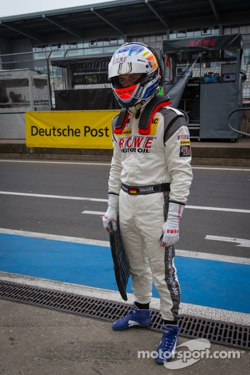 Nico Bastian waits for this stint