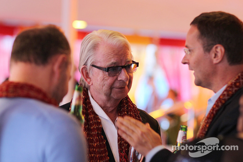 Jan Mol, (Centre) at the Signature F1 Monaco Party