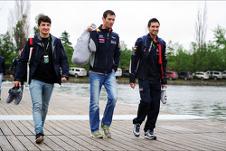 Mark Webber, Red Bull Racing with his personal trainer Richard Conner, (Right)
