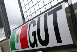 Pit board for Esteban Gutierrez, Sauber