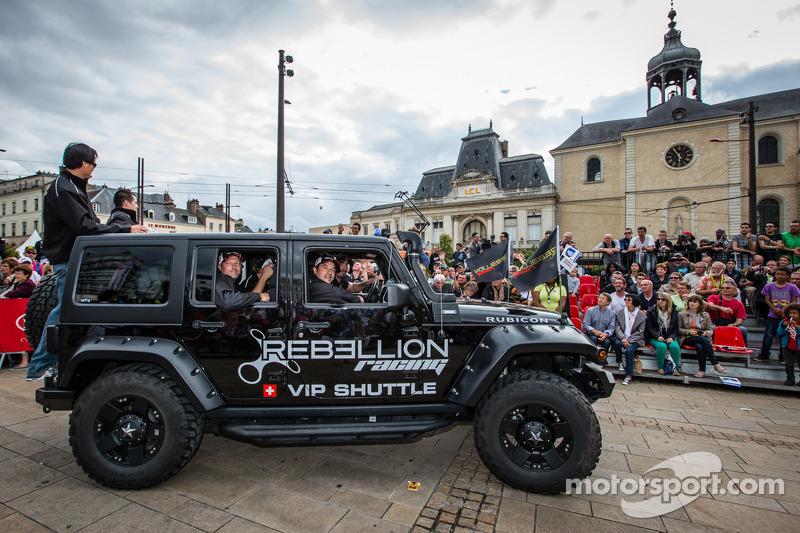 rebellion racing jeep op 24 uur van le mans le mans foto 39 s. Black Bedroom Furniture Sets. Home Design Ideas