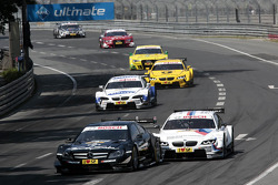 Roberto Merhi, Mercedes AMG DTM-Team HWA DTM Mercedes AMG C-Coupe and Martin Tomczyk, BMW Team RMG BMW M3 DTM