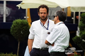 (L to R): Matteo Bonciani, FIA Media Delegate with Pasquale Lattuneddu, of the FOM