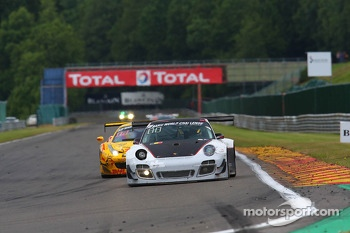 #911 Prospeed Competition, Porsche 997 GT3R: Marco Holzer, Nick Tandy, Marco Mapelli
