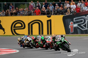 Loris Baz Leads Eugene Laverty