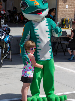 Fan with the Geico Gecko