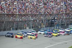Start: Joey Logano, Penske Racing Ford