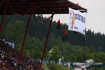 Greenpeace protest against race title sponsors Shell at the main grandstand