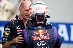 (L to R): Adrian Newey, Red Bull Racing Chief Technical Officer celebrates with race winner Sebastian Vettel, Red Bull Racing in parc ferme