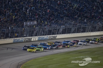 Restart: Matt Kenseth, Joe Gibbs Racing Toyota leads
