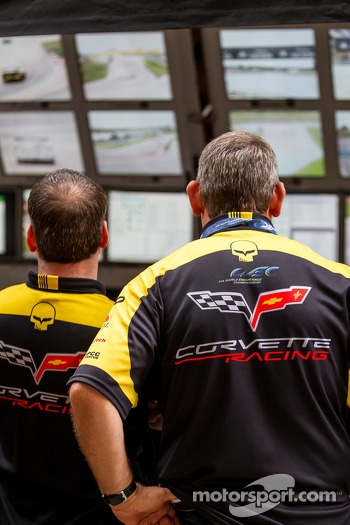Corvette racing watching qualifying