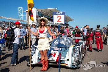 #2 Audi on the grid