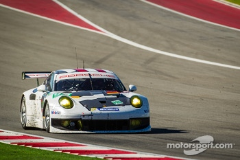 #92 Porsche AG Team Manthey Porsche 911 RSR : Marc Lieb, Richard Lietz