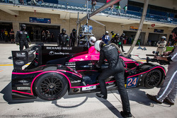 Pit stop for #24 OAK Racing Morgan - Nissan: Olivier Pla, David Heinemeier Hansson, Alex Brundle