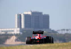 Rodolfo Gonzalez, Marussia F1 Team MR02 Reserve Driver  04