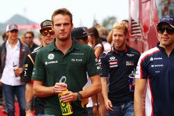 Giedo van der Garde, Caterham F1 Team on the drivers parade