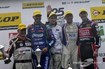 Round 28 Podium: 1st Jason Plato, 2nd Gordon Shedden, 3rd Tom Onslow-Cole, JST Shaun Hollamby