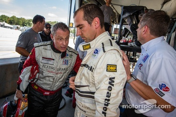 Post-qualifying discussion between Seth Neiman and Jeroen Bleekemolen
