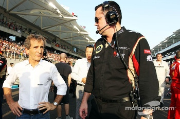 (L to R): Alain Prost, with Eric Boullier, Lotus F1 Team Principal on the grid