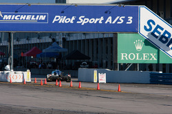 #0 Delta Wing Racing Elan DeltaWing DWC 13: Andy Meyrick, Katherine Legge